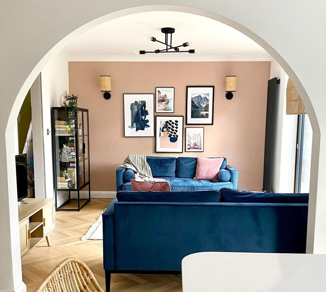 How to Redecorate living room on a budget